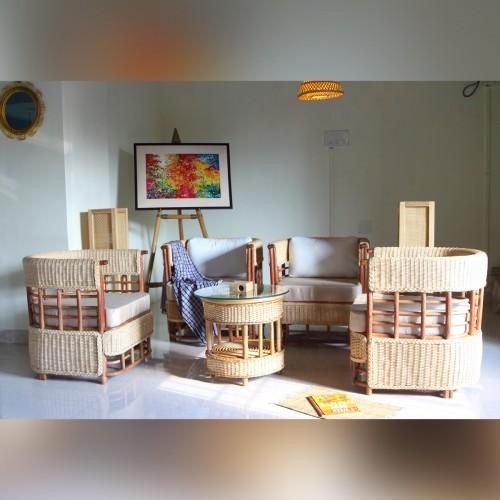 Miraculous Himalayan Cane Lounge Sofa Set Center Table Brahmagayari Spiritservingveterans Wood Chair Design Ideas Spiritservingveteransorg
